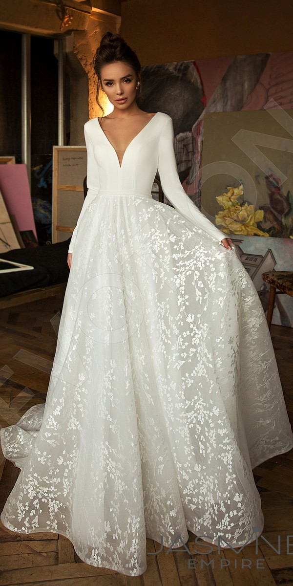 A-line silhouette Bonna wedding dress