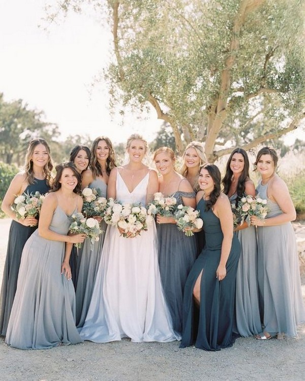 Mismatched bridesmaid dresses in blue