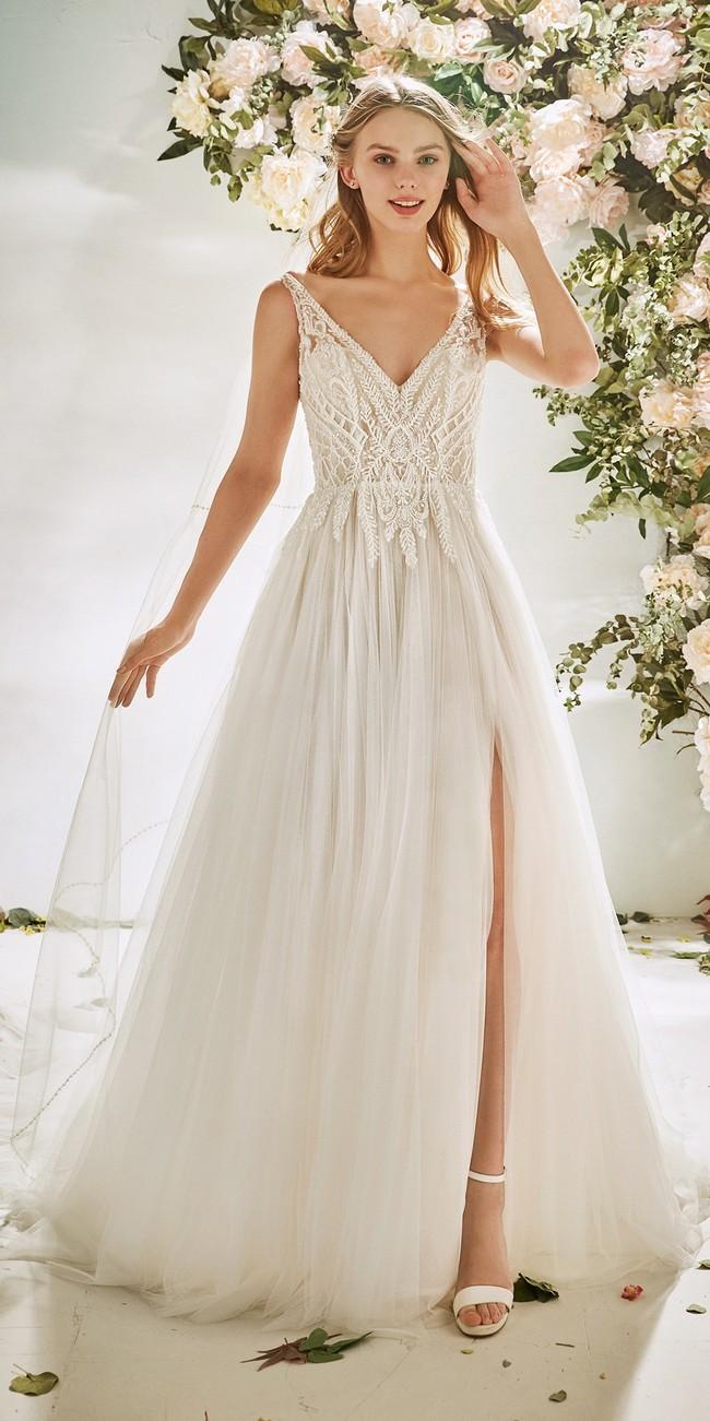 evase wedding dress v neck embroidered tulle flora