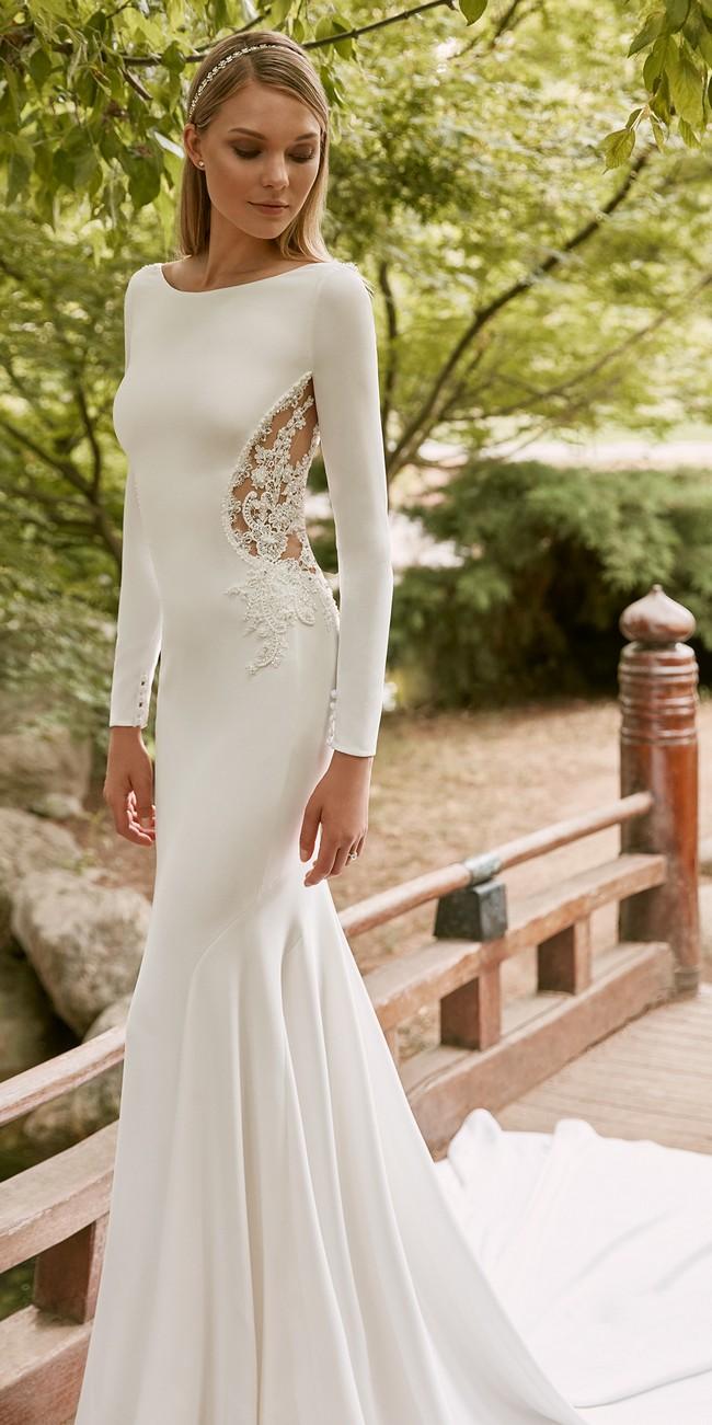mermaid wedding dress bateau neckline long sleeves crepe corot