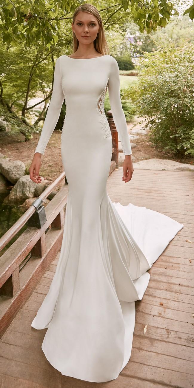 mermaid wedding dress bateau neckline long sleeves crepe corot2
