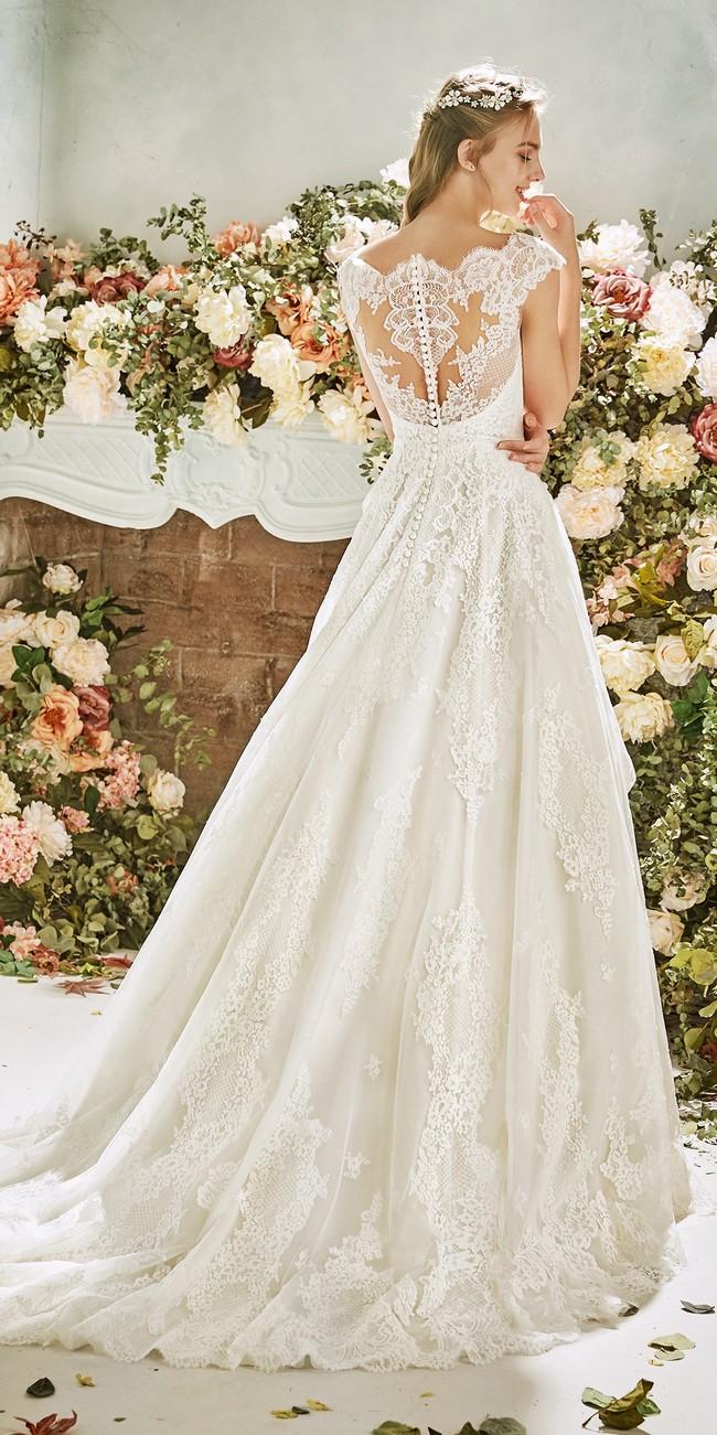 princess wedding dress bateau neckline cap sleeves buttercup2