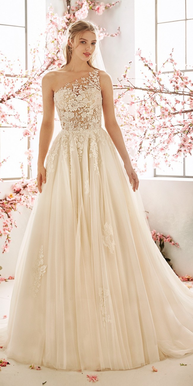 princess wedding dress tattoo effect back embroidered tulle aster