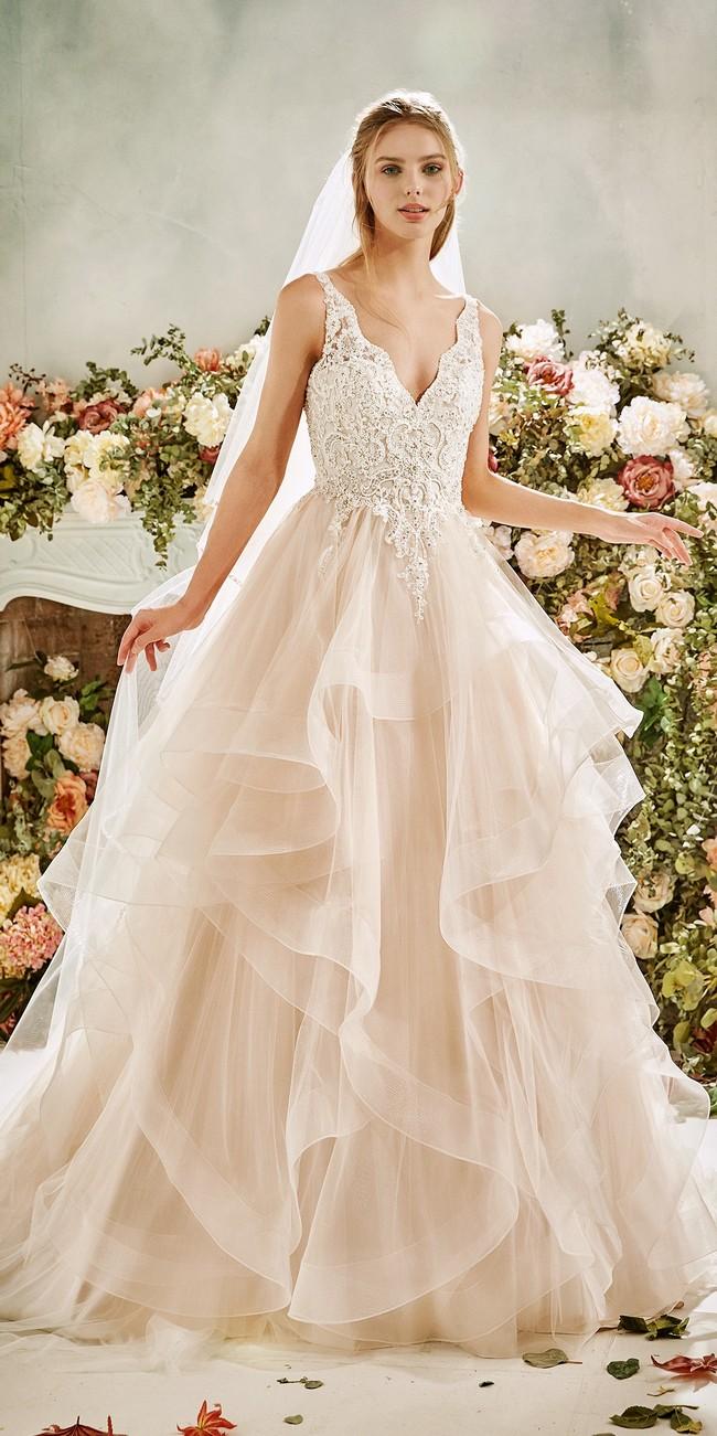 princess wedding dress v neck embroidered tulle fabric gerbera
