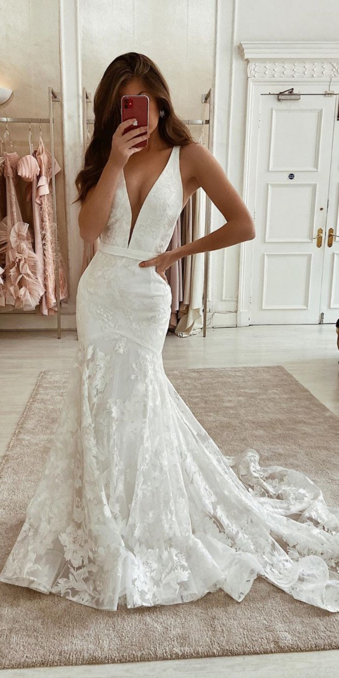 Eleganza Sposa Lace Wedding Dresses #dresses #wedding #weddingdresses #bridal #bridaldresses