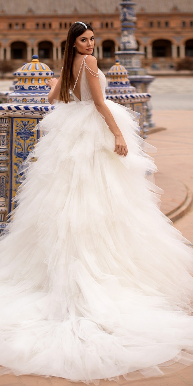 Nora Naviano Wedding Dresses 2021 #wedding #weddingdresses #weddingideas #bridaldresses